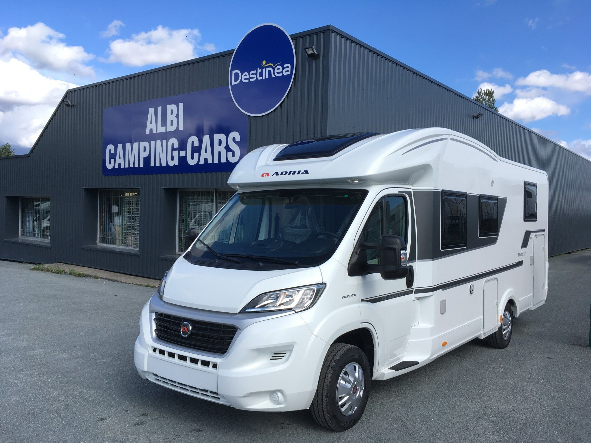 Camping-car ADRIA MATRIX PLUS 670 SC