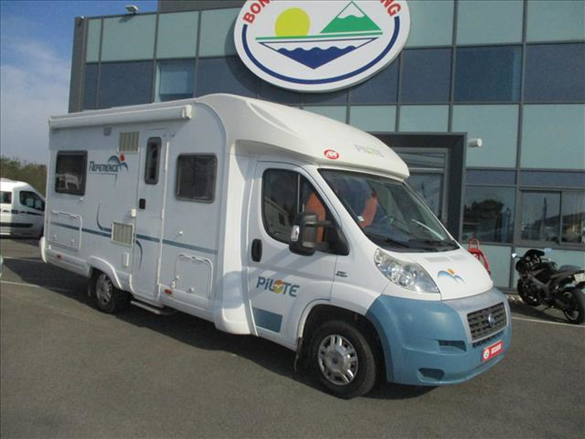 Camping-car PILOTE REFERENCE P670 FIAT DUCATO 2.3L JTD 130