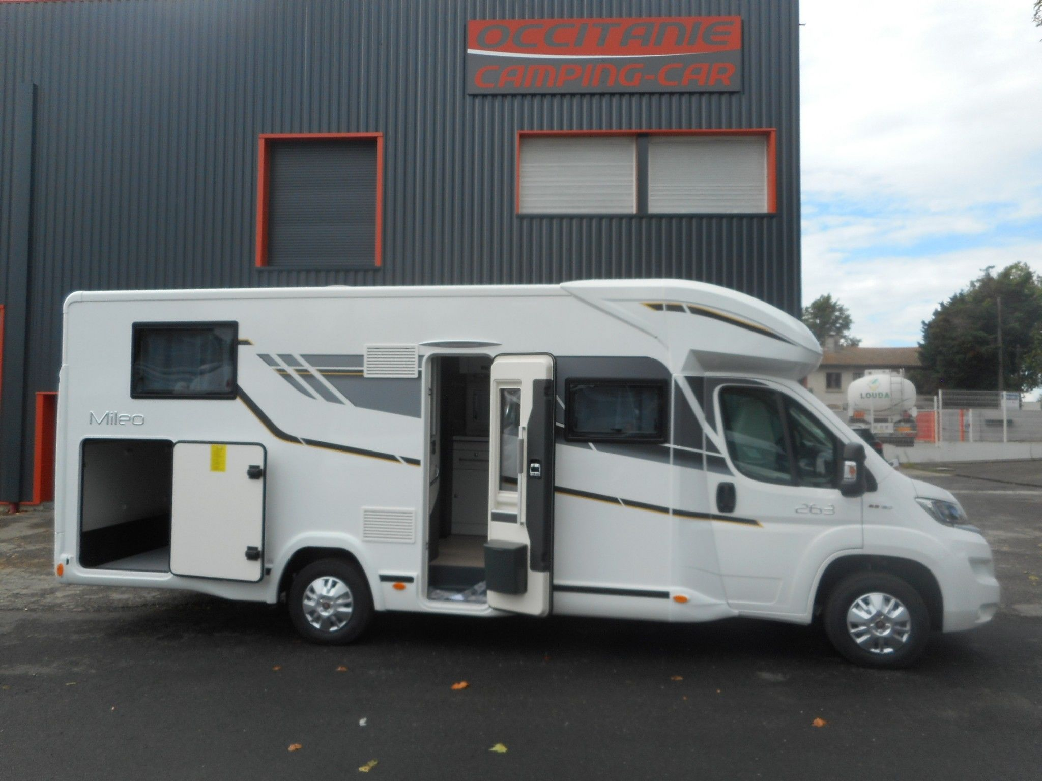 Camping-car BENIMAR MILEO 263 + DELIVERY PACK