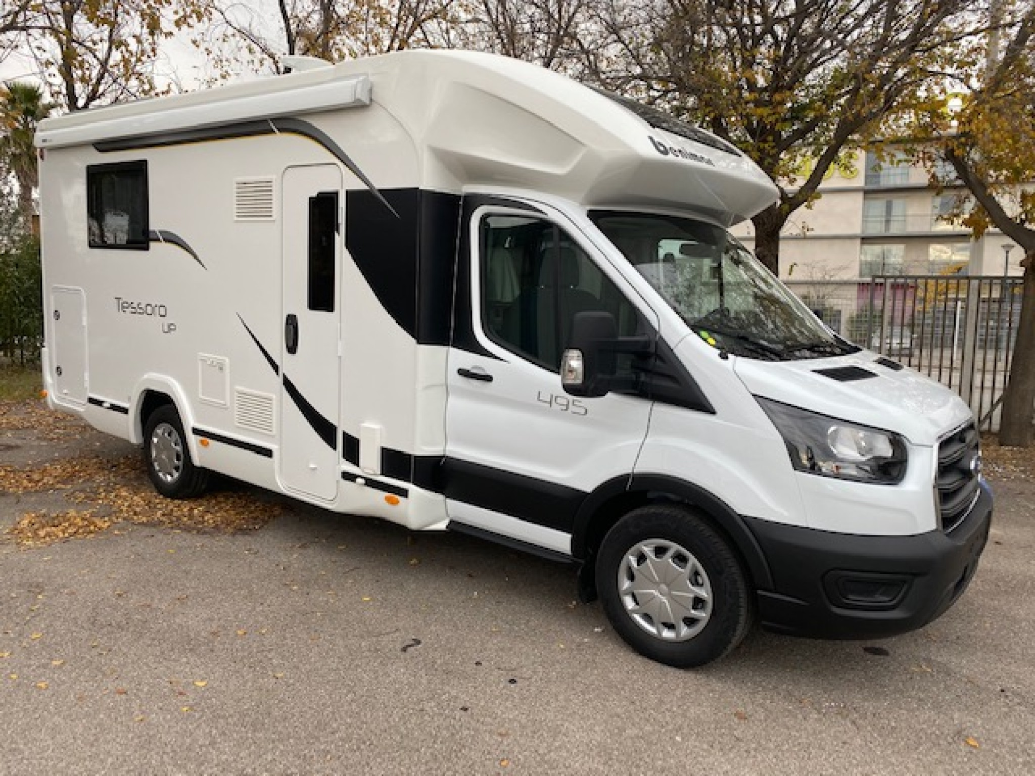Camping-car BENIMAR TESSORO 495 UP