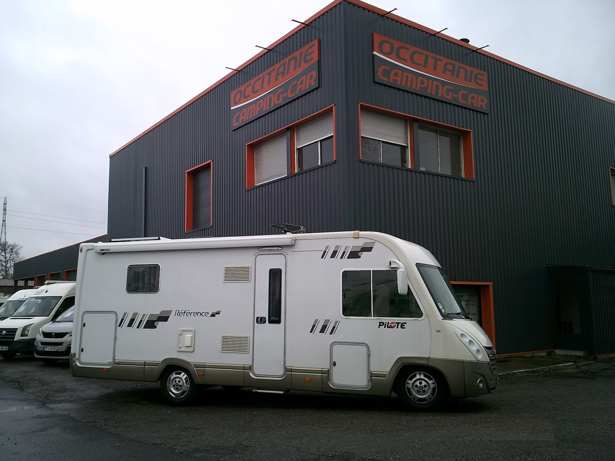 Camping-car PILOTE REFERENCE G 740