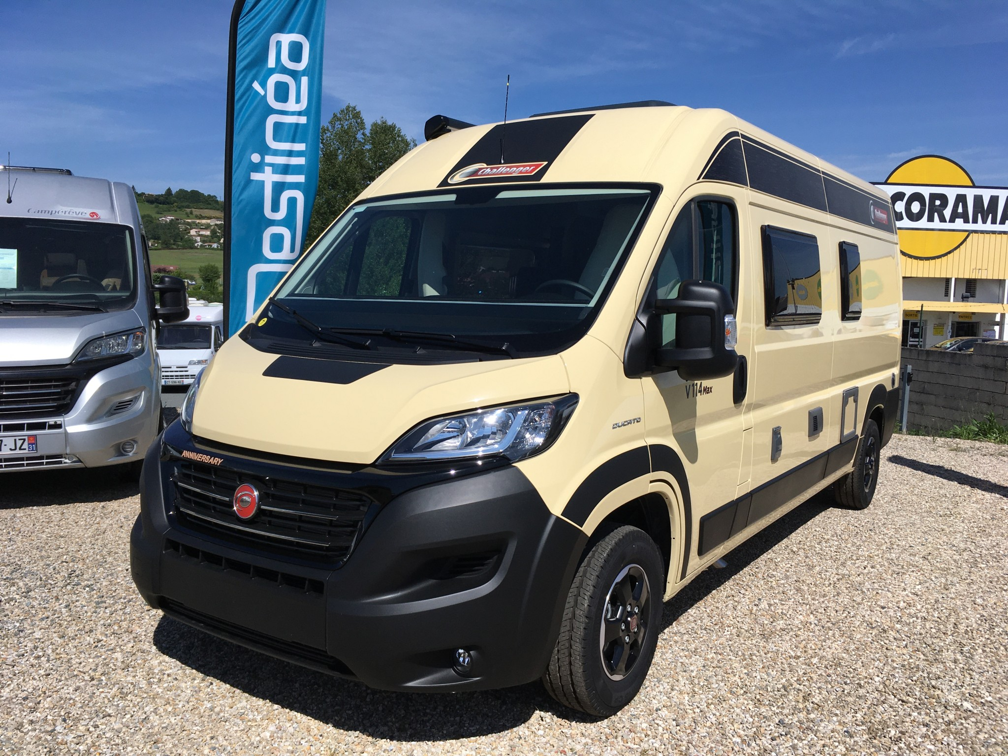 Camping-car CHALLENGER VANY 114 MAX ANNIVERSARY 4 COUCHAGES