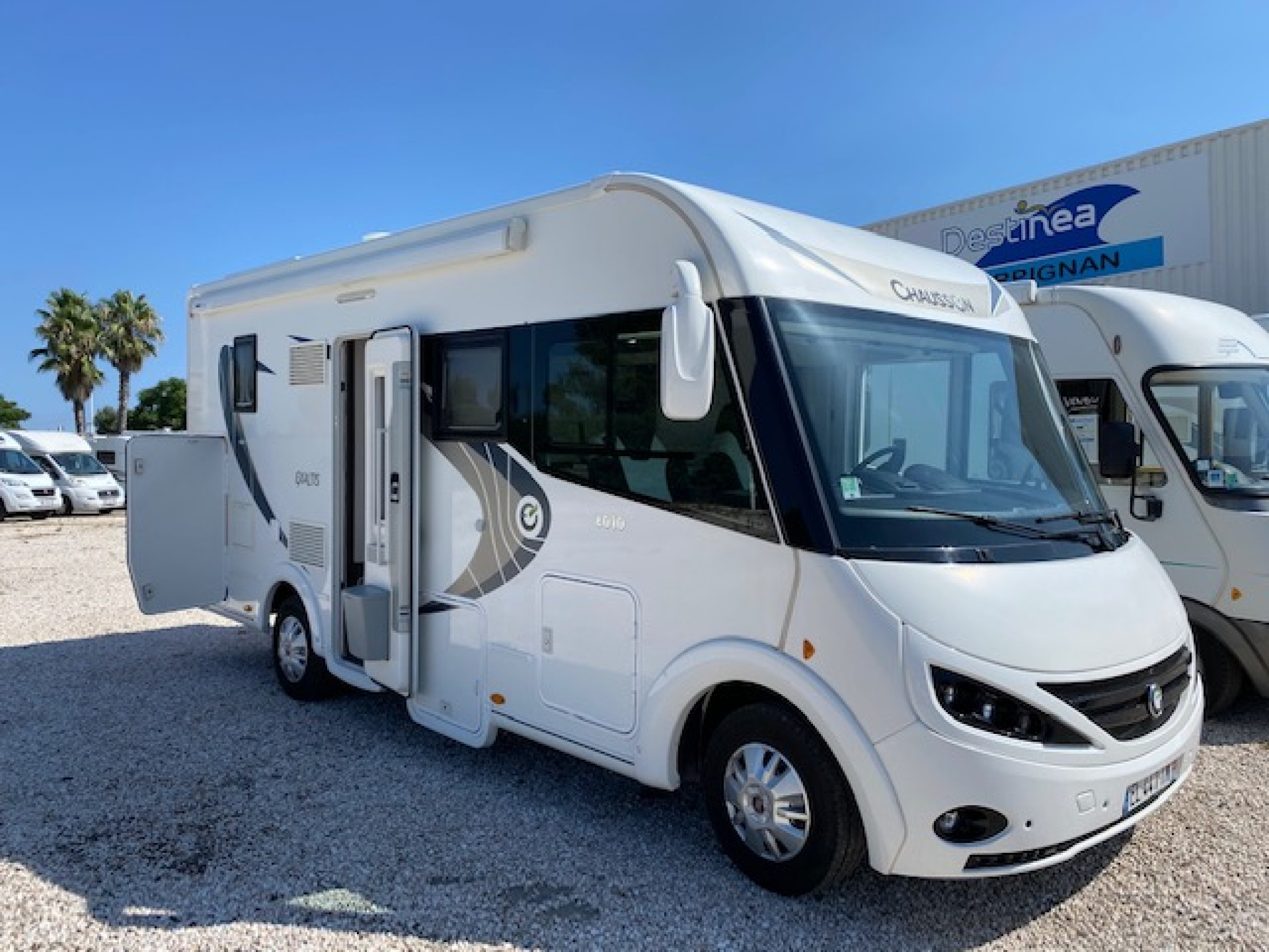 Camping-car CHAUSSON EXALTIS 6010