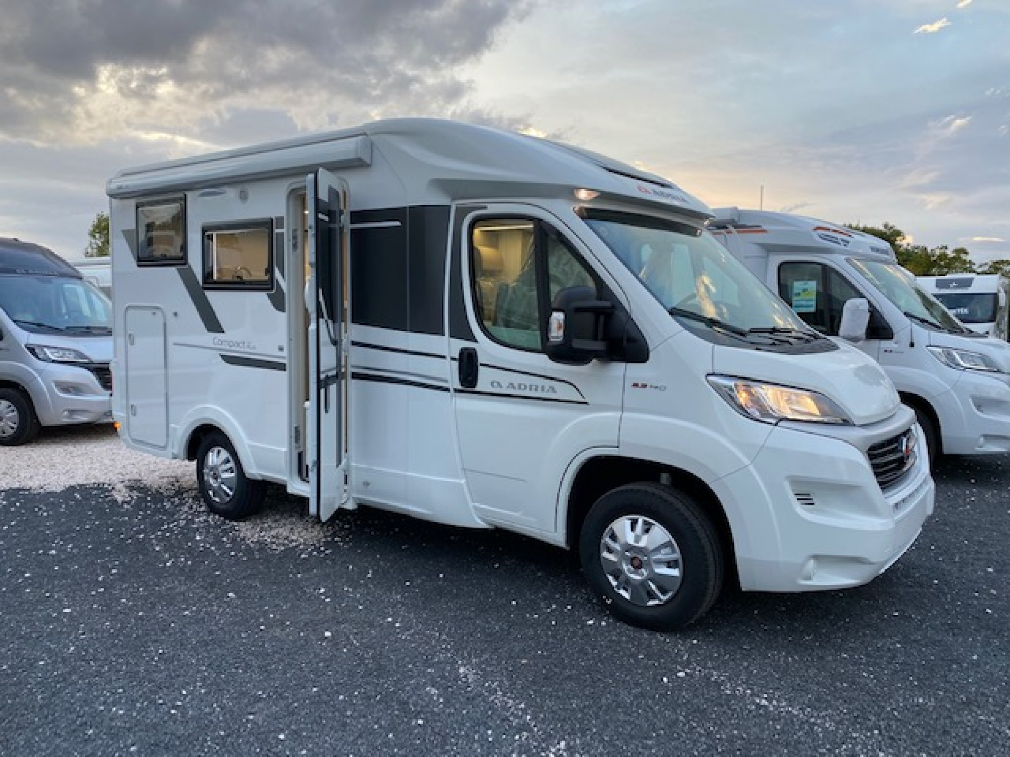 Camping-car ADRIA COMPACT SP PLUS