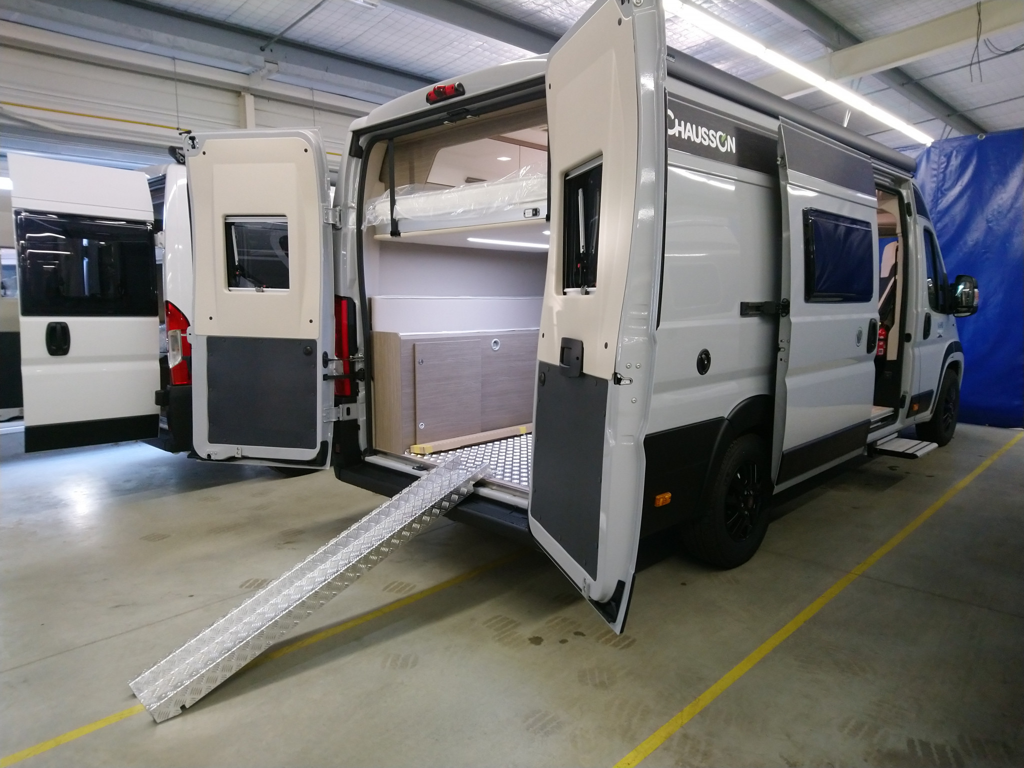Camping-car CHAUSSON V690 ROAD LINE VIP