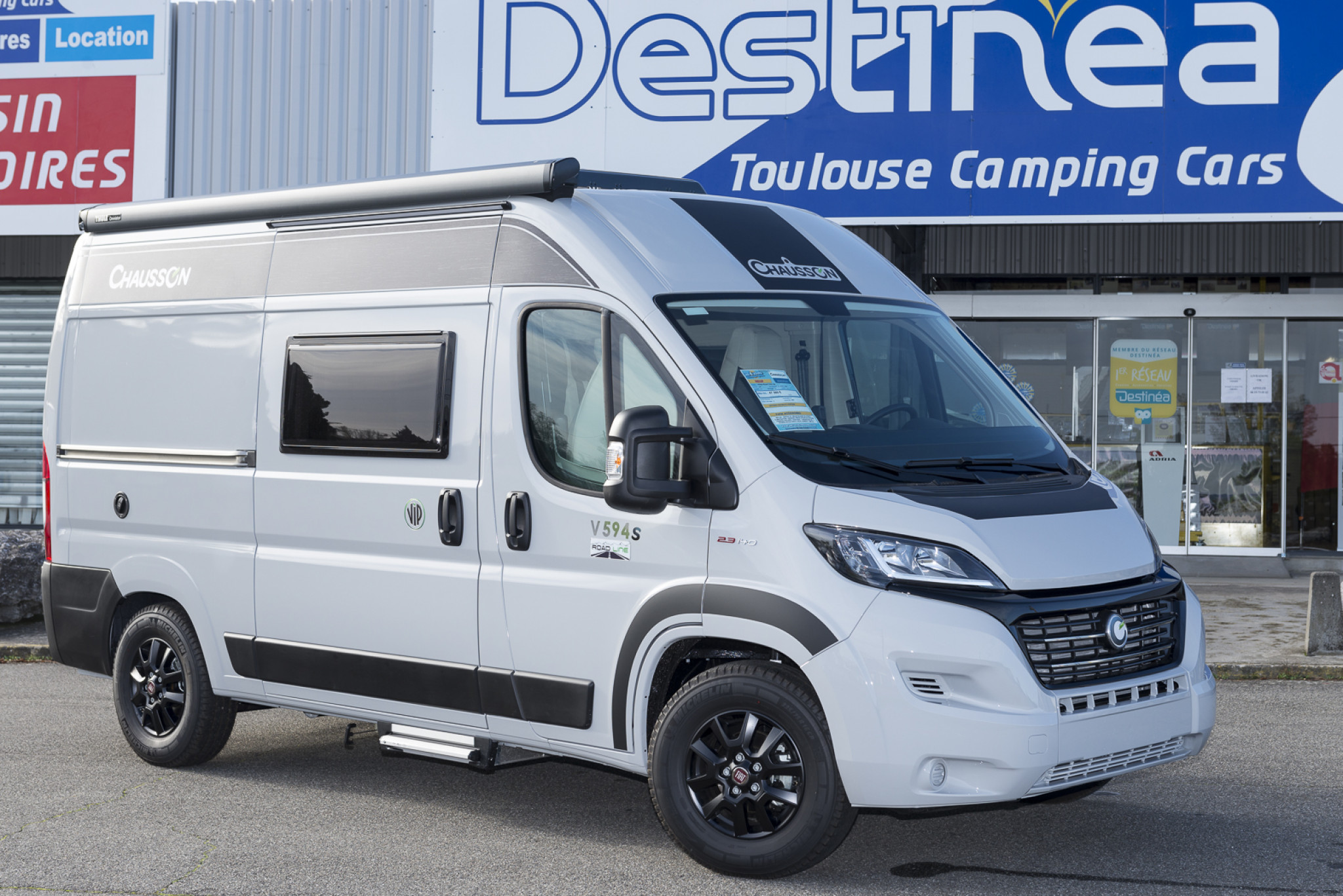 Camping-car CHAUSSON V594S - ROAD LINE VIP