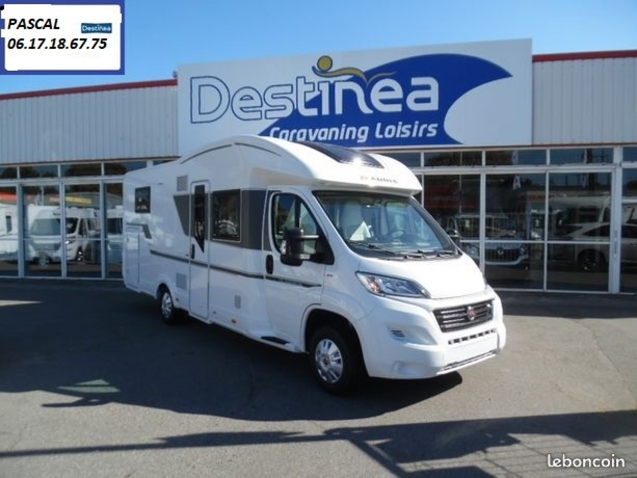 Camping-car ADRIA Adria matrix plus 670 dc - lit central - lit pavil