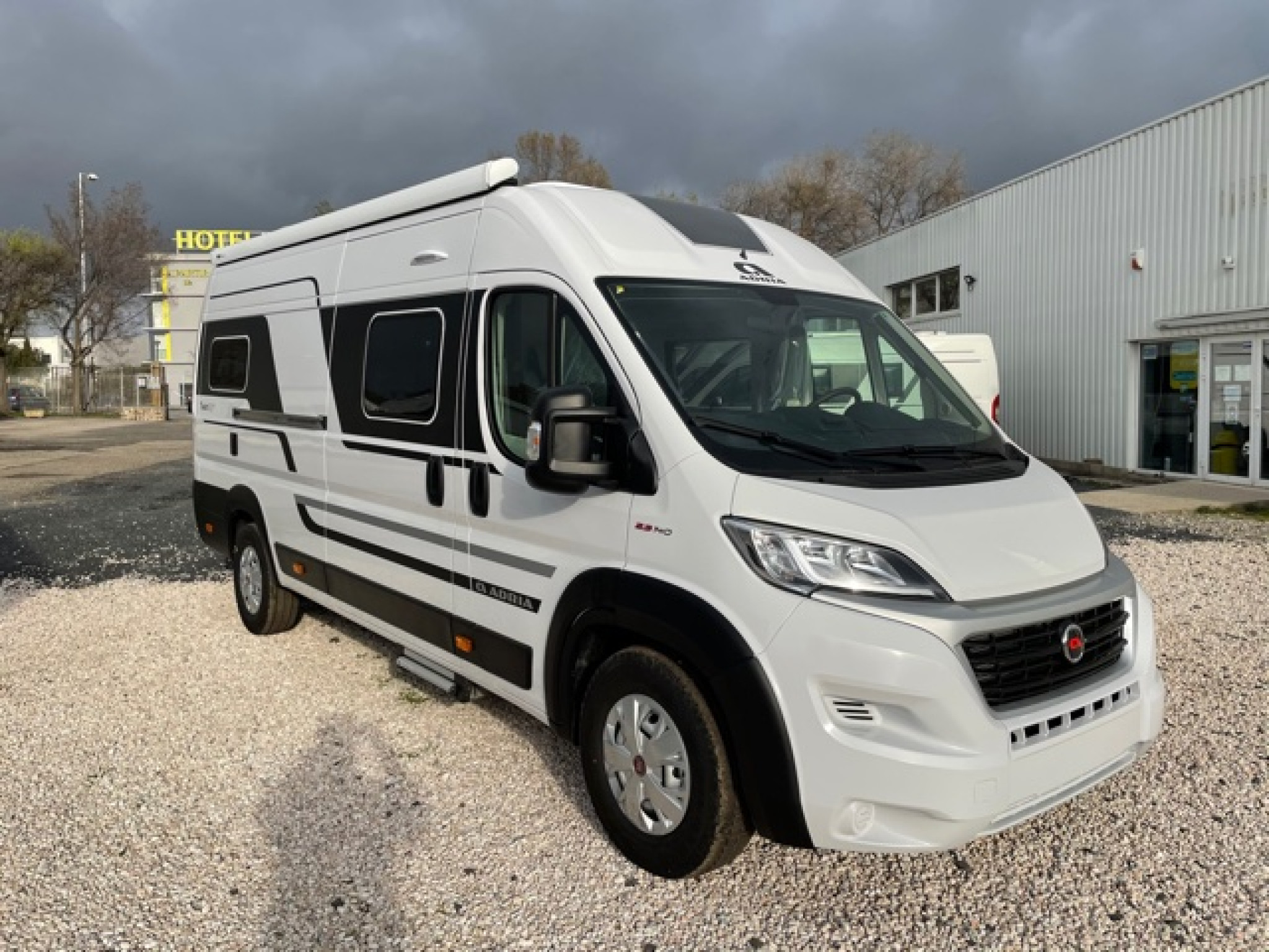 Camping-car ADRIA TWIN PLUS 640 SLB