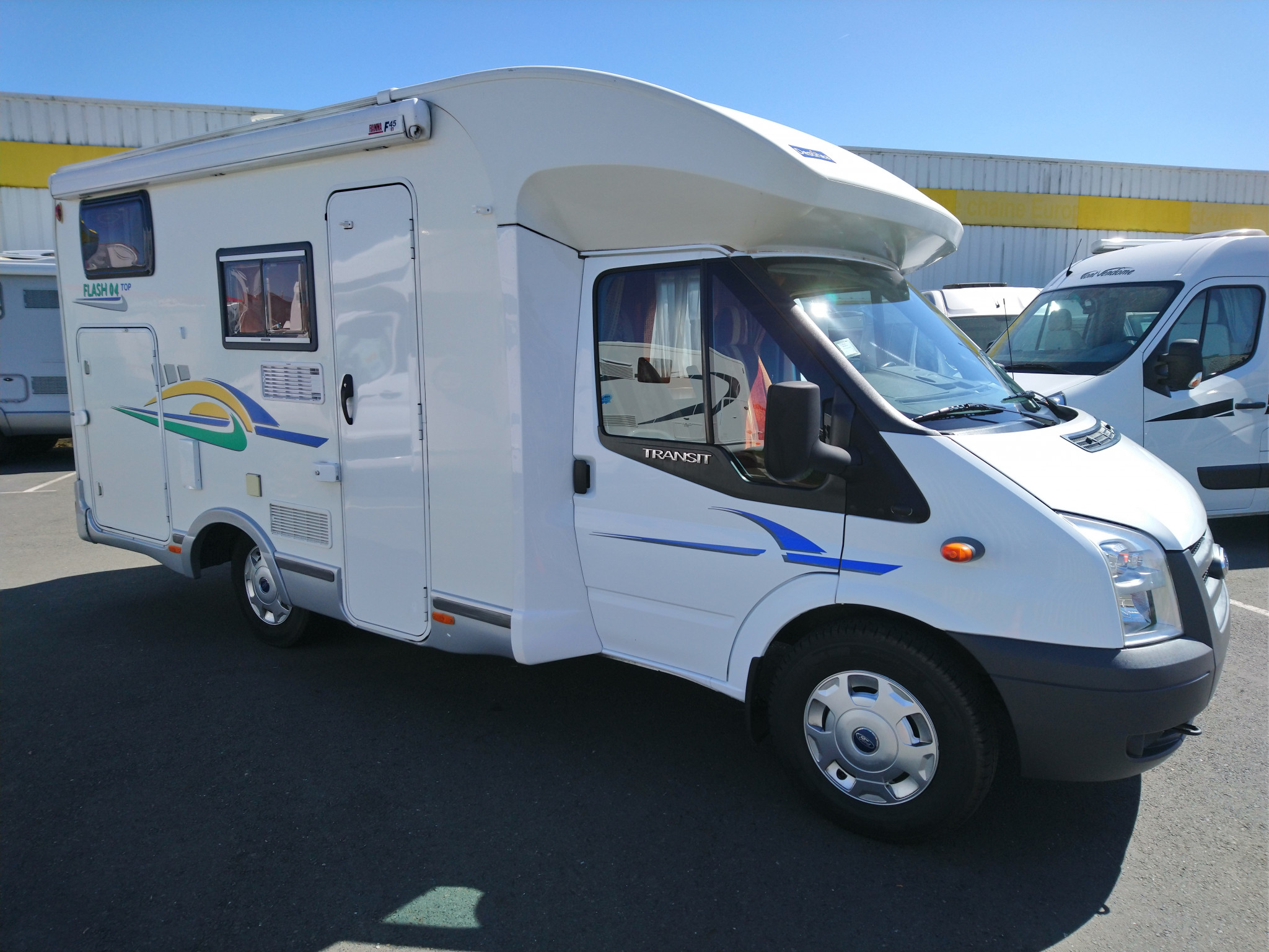 Camping-car CHAUSSON FLASH 04 TOP